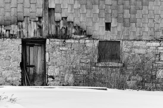 Barn Door Nikon D5100, Nikkor 55-200mm f/4-5.6, 1/250s, 165mm, f/8, ISO 200