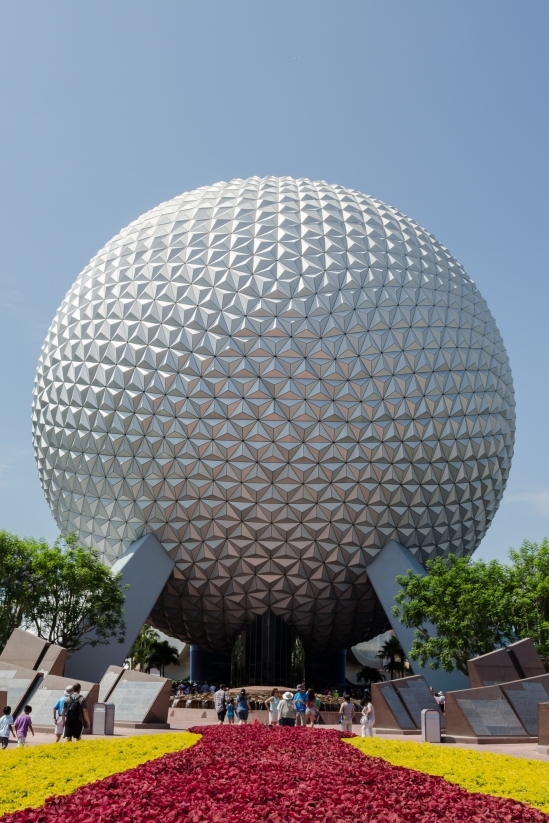 Spaceship Earth Morning Nikon D5100, Nikkor 24-85mm f/3.5-4.5, 1/200s, 24mm, f/11, ISO 200