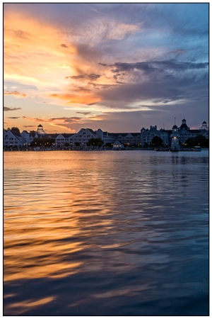 Sunset Over the Yacht Club Nikon D7100, Sigma 17-70mm f/2.8-4, 1/4s, 26mm, f/16, ISOO 100