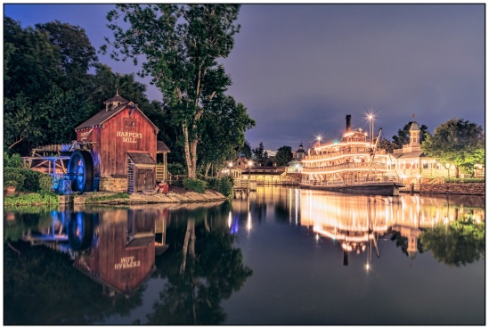 Night Along the Rivers of America Nikon D7100, Sigma 17-70mm f/2.8-4, 30s, 19mm, f/11, ISO 200