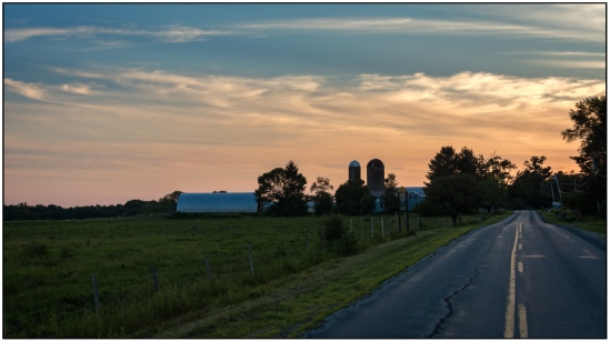 Country Road Sunset Nikon D7100, Nikkor 25mm f/1.8, 1/125s, f/11, ISO 400
