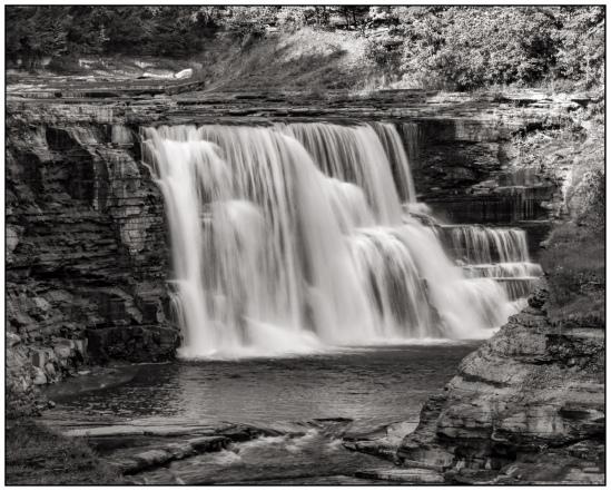 Lower Falls Nikon D7100, Nikkor 55-200mm f/4-5.6, 1/6s, 135mm, f/20, ISO 100