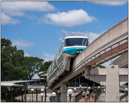 Resort Monorail - Teal Nikon D7100, Sigma 17-70mm f/2.8-4, 1/800s, 58mm, f/11, ISO 400