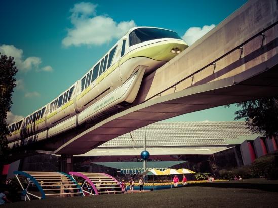 Monorail Energy Olympus OM-D E-M10, M. Zuiko 25mm f/1.8, 1/320, f/11, ISO 200